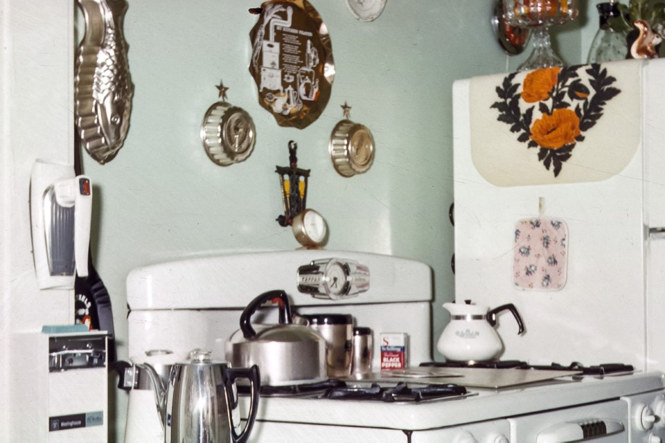 Vintage stock photos of kitchen and appliances from USA